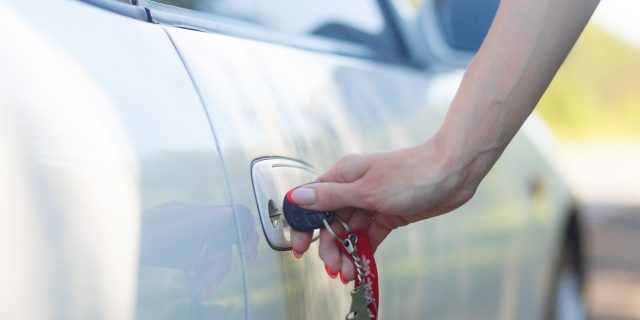 car-keys-in-a-lock-Z969RS9